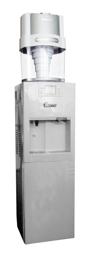 取消了传统饮水机的热胆结构,使冷水能瞬间加热,杜绝开水不断滚烧现象