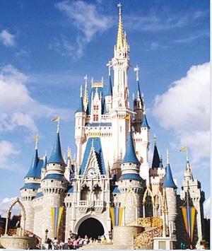拥有世界三大主题公园华特迪士尼世界度假区,海洋世界,环球影城度假区
