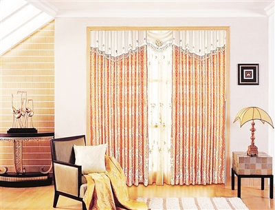 厅窗帘颜色如何搭配