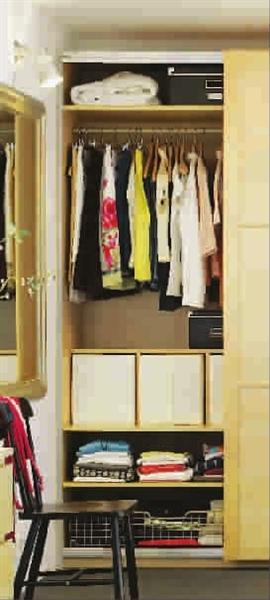 宽敞空间要范   大户型的户型结构中大都有预留衣帽间或储藏间