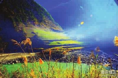 西行至石门关,走近怒江游石板房,桃花岛,这是个可与神交流的仙境,你收