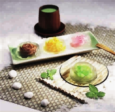 采集特制水果浆特制成水果冰淇淋与酸奶的独特口感